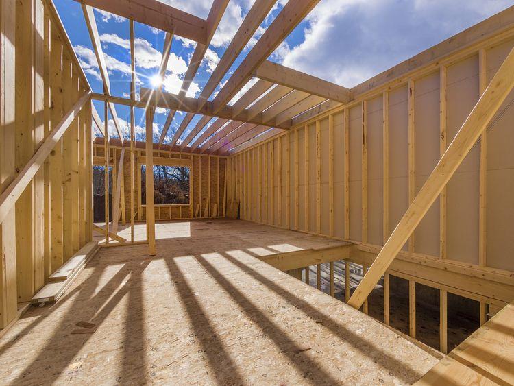 A ház építése: előnyök és hátrányok
