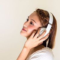 A legjobb vezeték nélküli fejhallgatók TV-hez vagy telefonhoz