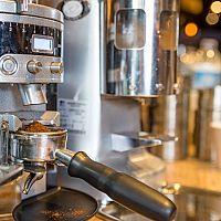 Legjobb karos kávéfőzők: Kritika, sorrend, hogyan válasszunk!