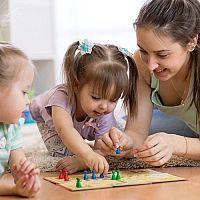 A legjobb asztali társasjátékok gyerekeknek. Ön tud dönteni?
