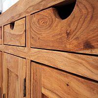Milyen előnyei vannak a tölgy, bükk, fenyő vagy paliszander tömörfa bútoroknak?