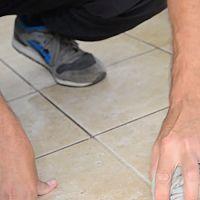Hogyan tisztítsuk a csempe közti réseket nem csak a fürdőszobában?
