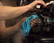 A karos és automata kávéfőzők karbantartása. Nem csak a tisztítás de a vízkőtelenítés is fontos