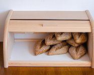 Hogyan tároljuk a péksüteményeket? A tesztek és vélemények alapján a Tescoma és a Tupperware kenyértartók a legjobbak