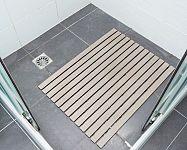 A csúszásgátló a fürdőszobában, a kádban és a zuhanykabinban véd a sérülések ellen