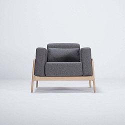 Fawn tölgyfa fotel sötétszürke szövet ülőkével - Gazzda
