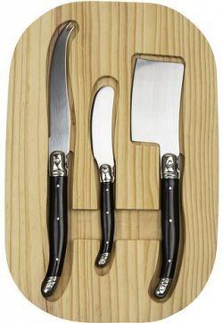 GUSTA Sajtvágó kés készlet fa vágódeszkán