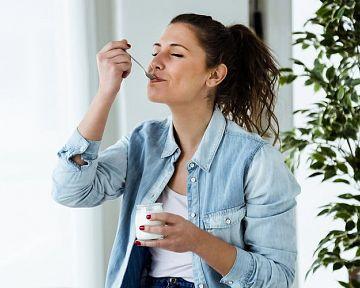 A legjobb joghurtkészítő gépek az értékelések alapján. Hogyan működnek és mire számíthatunk?
