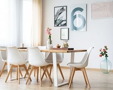 Hogyan válasszuk ki a legjobb étkezőasztalt akár kis konyhába is? Sokan keresik az összecsukható asztalokat vagy az étkezőasztal szetteket székekkel