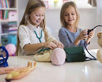 Milyen babát vásároljunk egy 2 - 3 éves kislánynak? Rongybaba, Barbie vagy Zapf Baby Born?